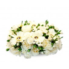 Pure Daisy Centerpiece